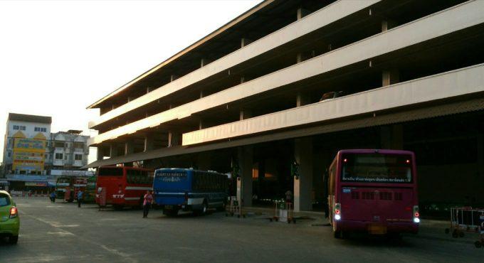 第1バスターミナル